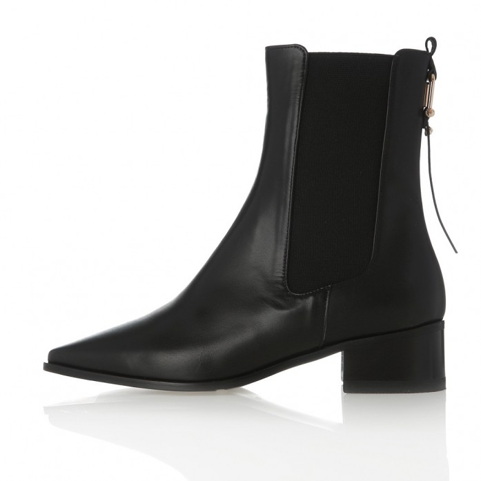 Square Point Chelsea boots MD20FW1073-Black